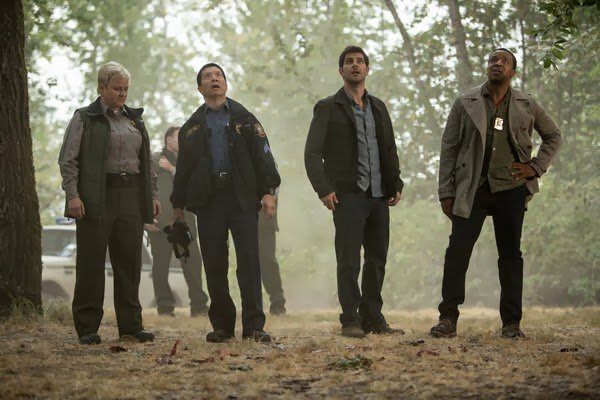 Promotional Photos of 3×03 – A Dish Best Served Cold
