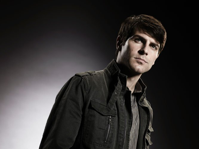 David Giuntoli Talks 'Grimm', His Character's Identity Crisis And His Former MTV Days – The Huffington Post